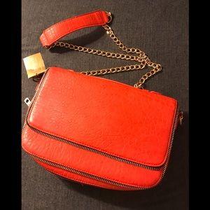 ✨NWT✨ Francesca's Crazy Zip Crossbody Bag
